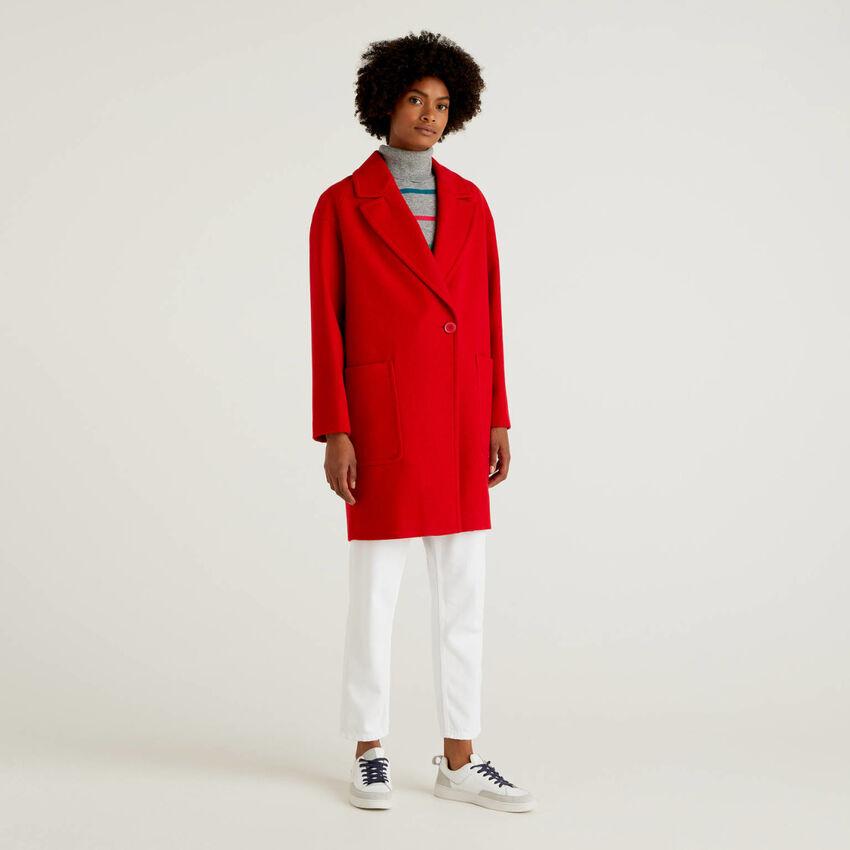 Manteau en drap de laine mélangé