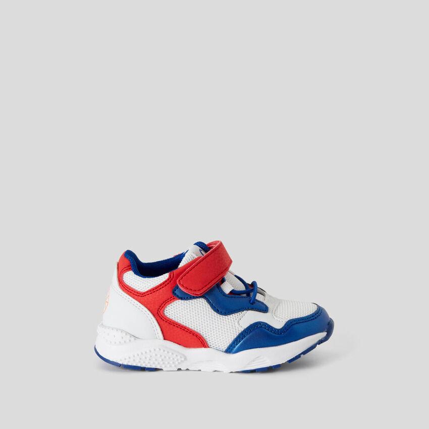 Sneakers avec scratch