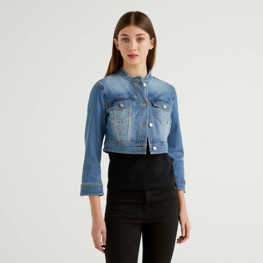 Blouson cropped en jeans