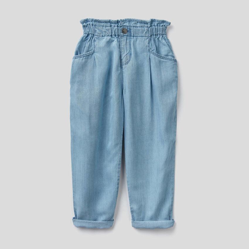 Pantalon paperbag en jeans léger