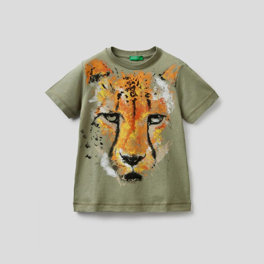T-shirt vert militaire imprimé guépard