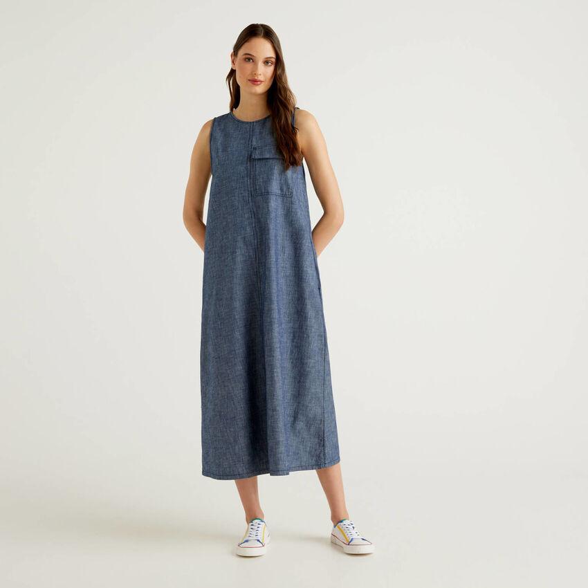Grande robe sans manches effet jeans
