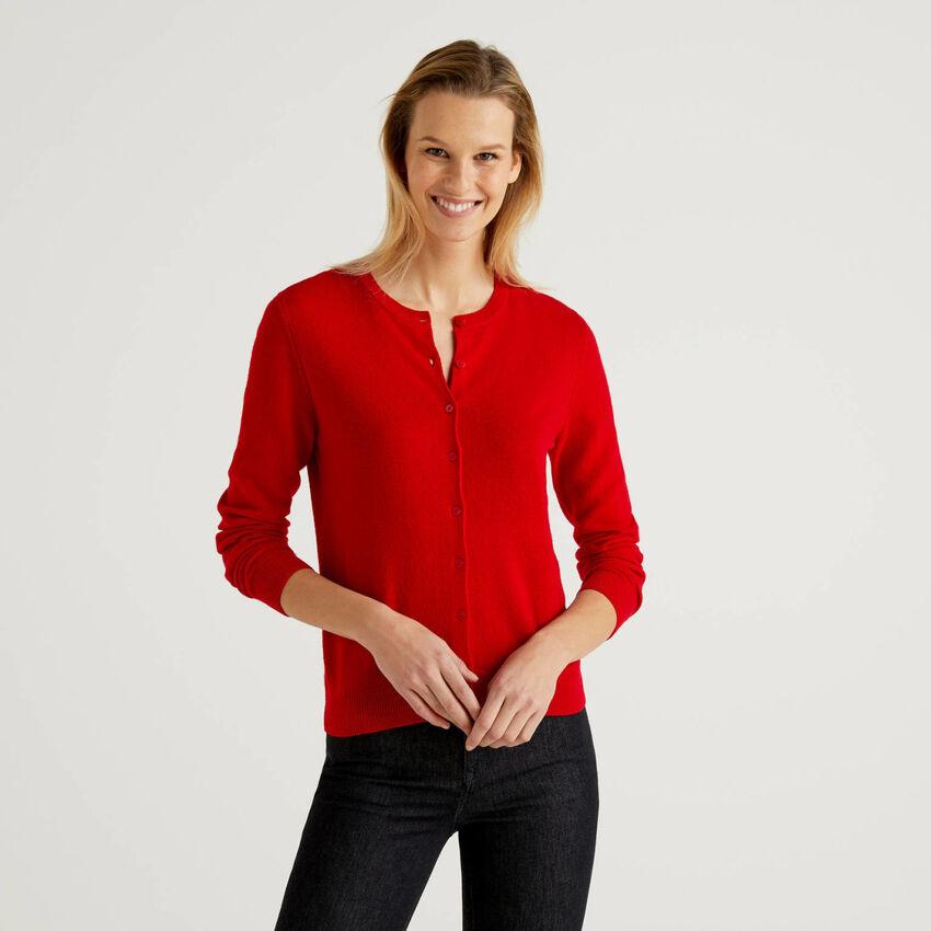 Gilet col rond rouge en pure laine vierge