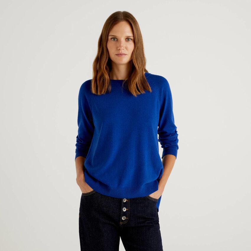 Pull bleu turquoise à détail plissé dans le dos